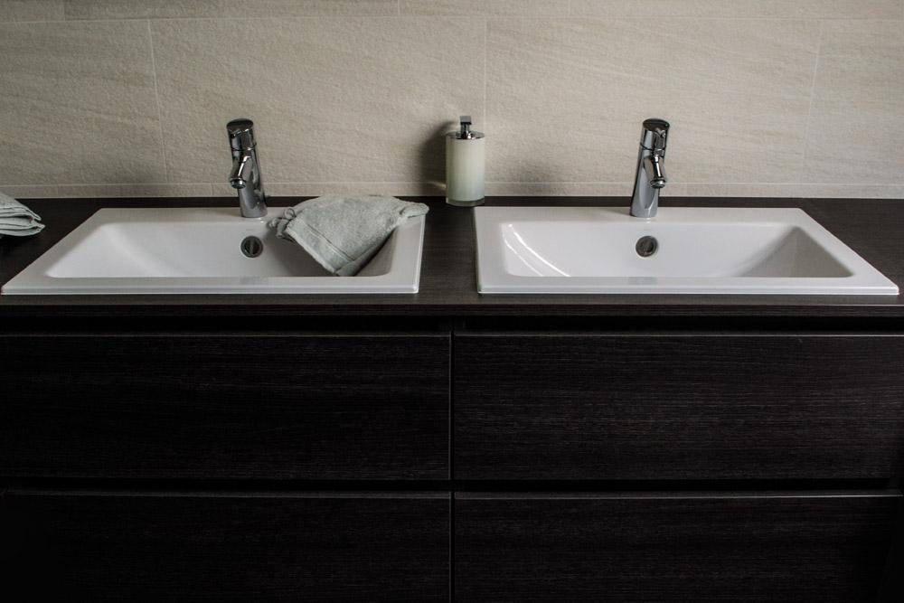 Witte Badkamer Opleuken ~ Je moderne badkamer? Bezoek aQuizien in Hamme